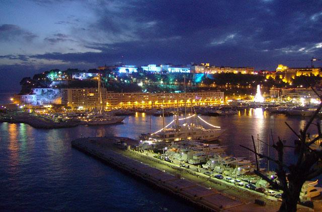Montecarlo di notte for Porto montecarlo
